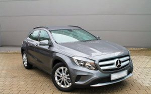 Mercedes-Benz-GLA-180